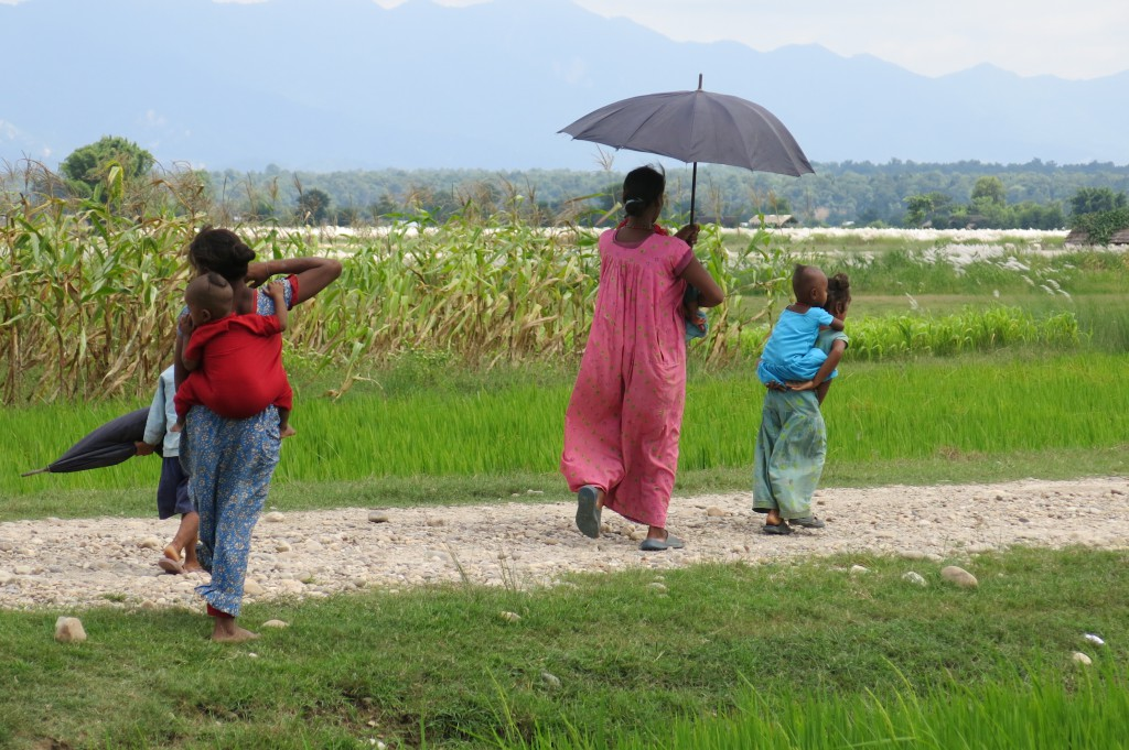 Photo © Shahab: On the way back home from  Naubasta Health Post, Banke, Nepal.